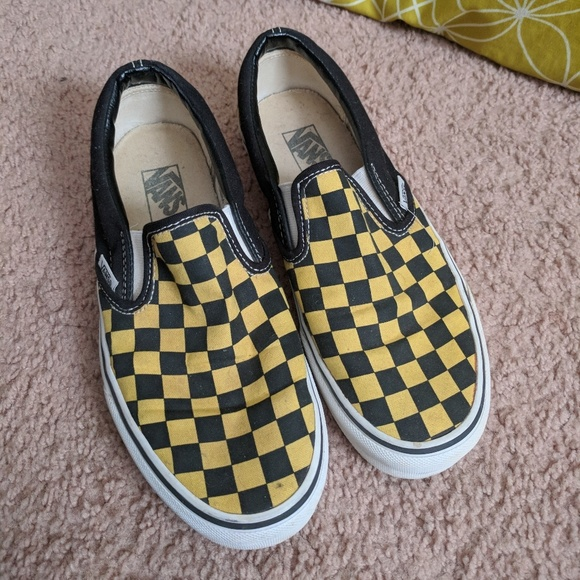 8e7dbad6a47c2f Black and yellow checkered vans. M 5aa41bbf31a376cd38db78e4